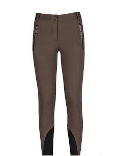 woman equiline breeches Magdalina