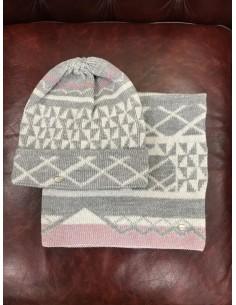 Wool cap + neck warmer Pikeu decorated