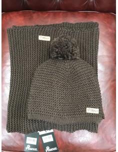 Wool cap + neck warmer Pikeur pom pom wool